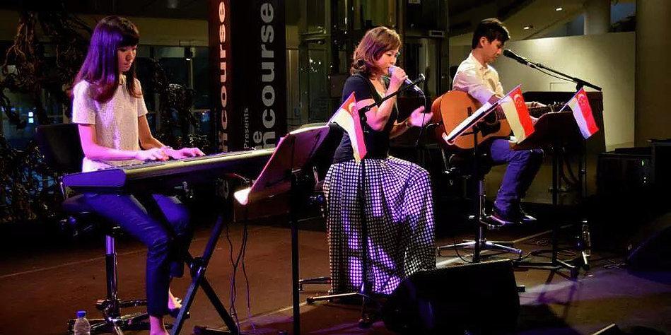 Hummingbird Vocalist - Tricia Zhou 1