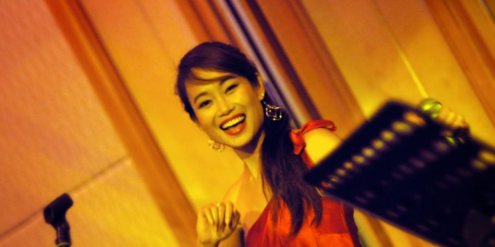 Hummingbird Vocalist - Alexandra Hsieh
