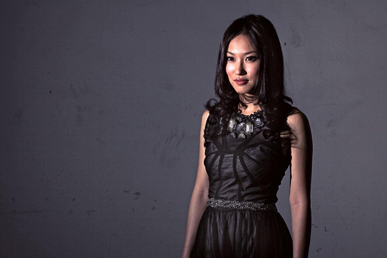 Hummingbird Vocalist - Dawn Wong_edited