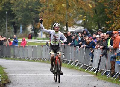 Cyclo-cross de Questembert - Matthieu Boulo dominateur