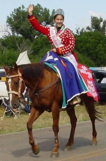2005 MIO Tana Takes Horse
