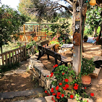 kadita_garden_deck.jpg