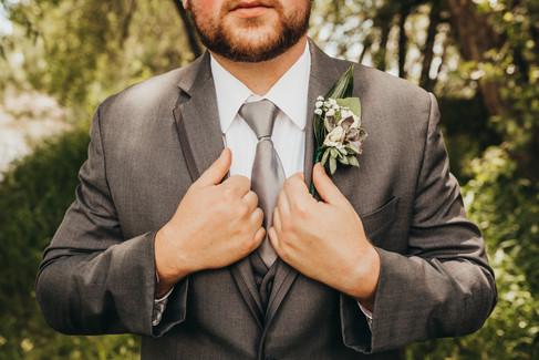 Hansen Wedding Social Media31.jpg