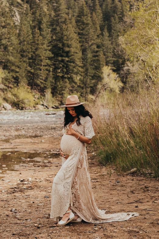 DeHart Maternity-7.jpg