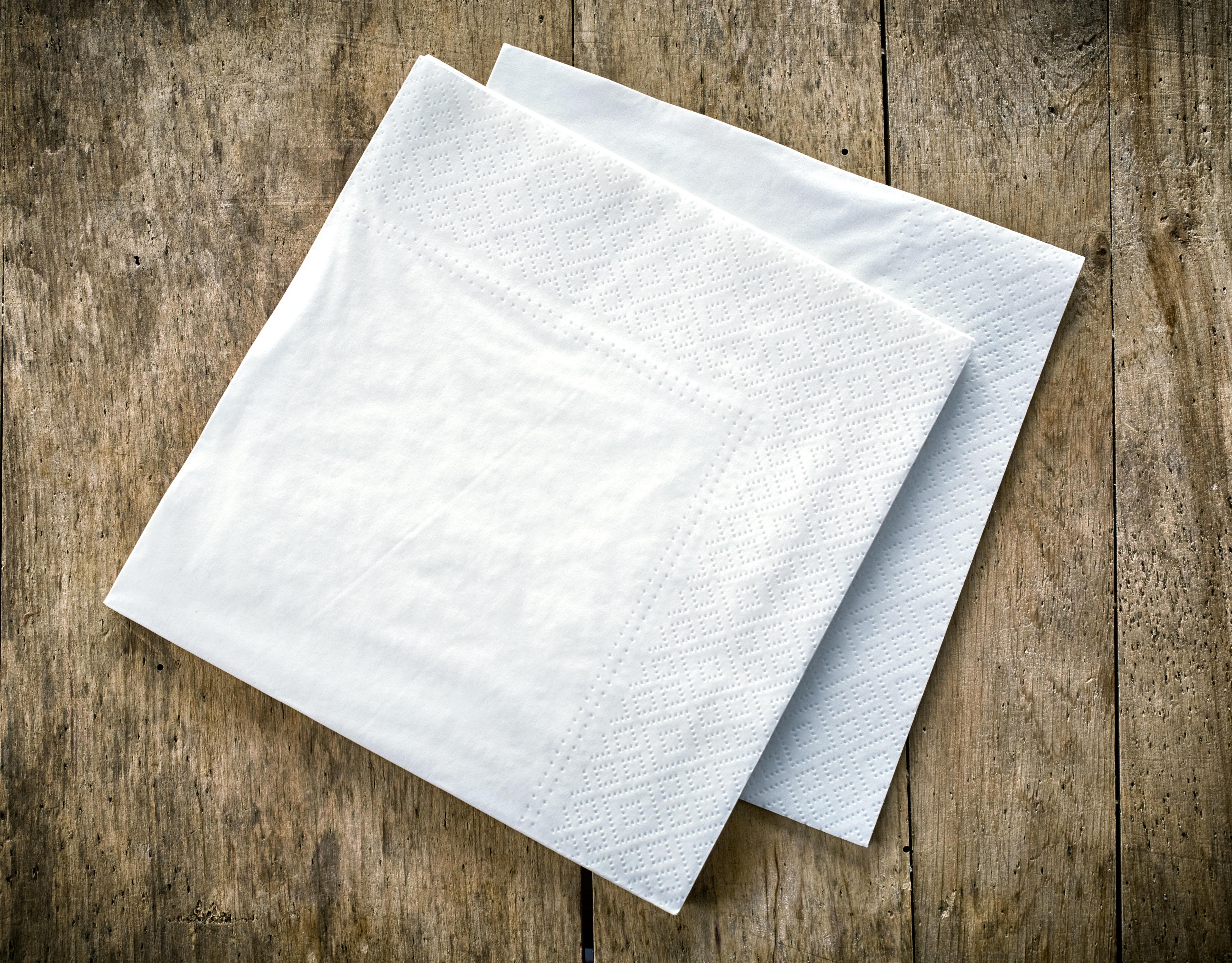 plain white napkin option