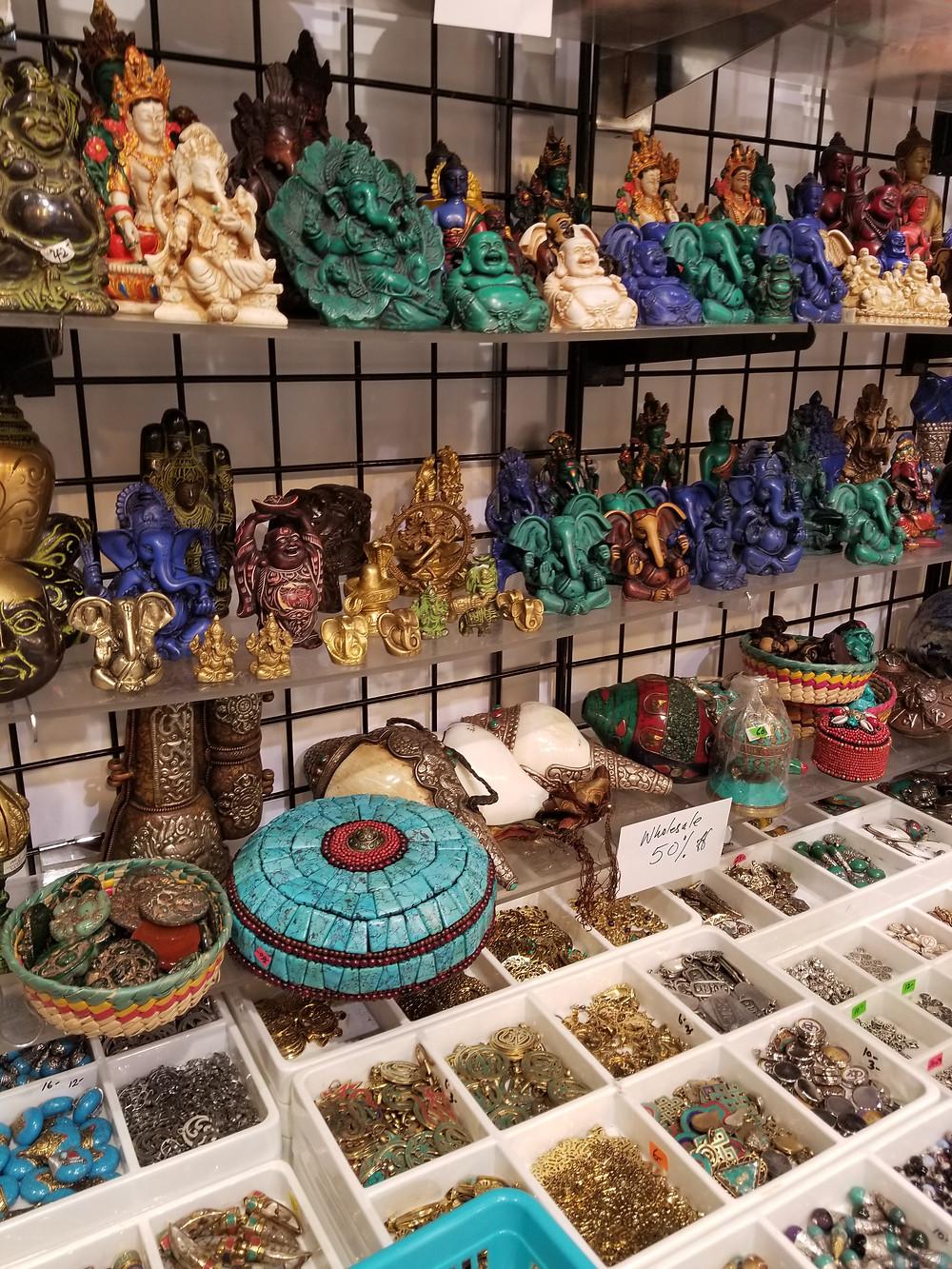 Sitting Buddhas on a shelf