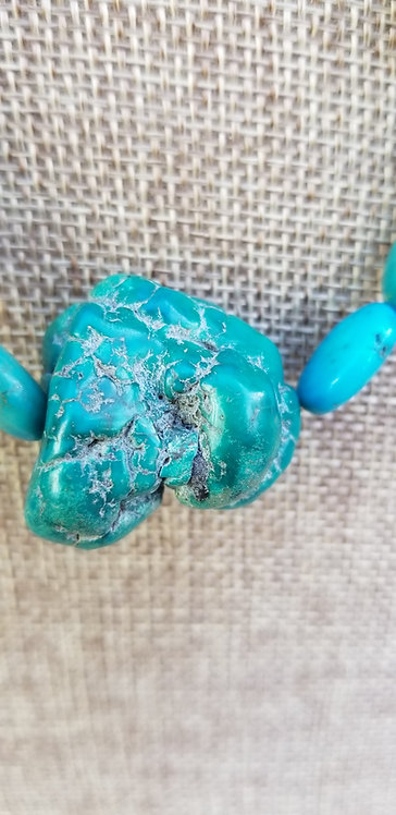 Handmade Turquoise Oval Disc and Nugget Necklace
