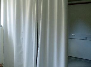 Curtain_-_white_side.JPG