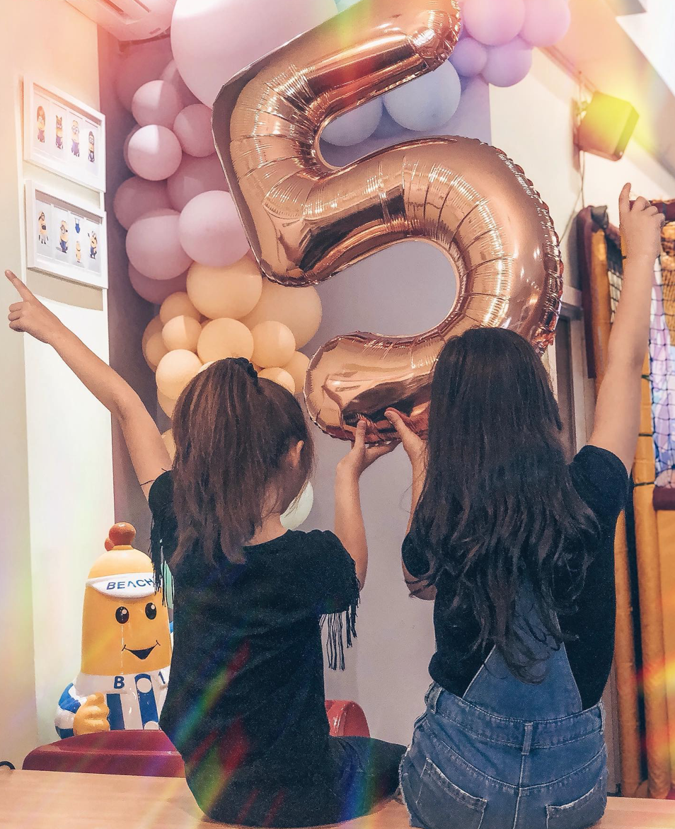 BALLOONS (NUMBERS)