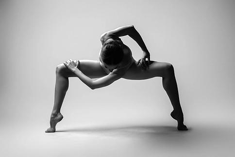 Woman-Dancer-11.webp