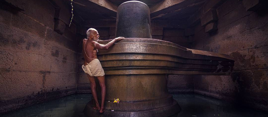 Retro Kolkata Exclusive : Conversation with Radha Swami, an amazing Street Photographer from India