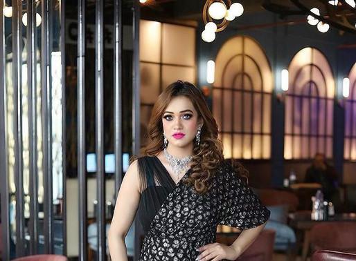 Retro Kolkata Exclusive : Interview with Fashion Blogger & Influencer Sakshi Sharma