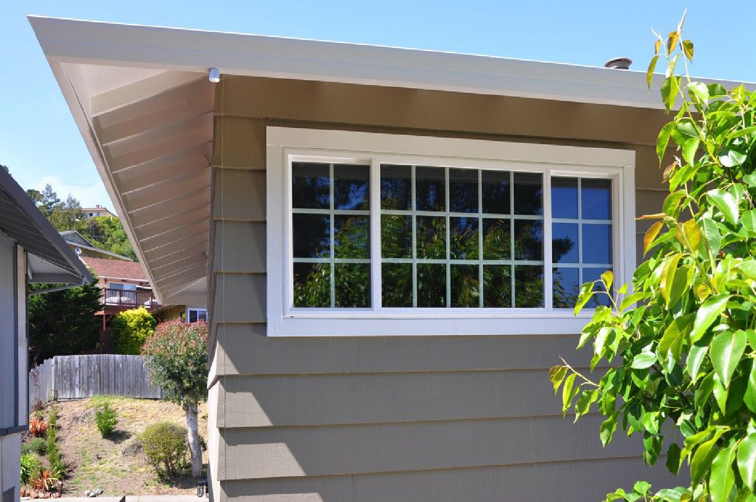 Simonton Vinyl Windows Seal Beach CA