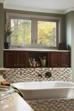 Simonton-Awning-Window-Bathroom-Gallery-Image