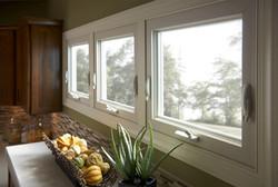 Simonton-Reflections-Awning-Window-Kitchen