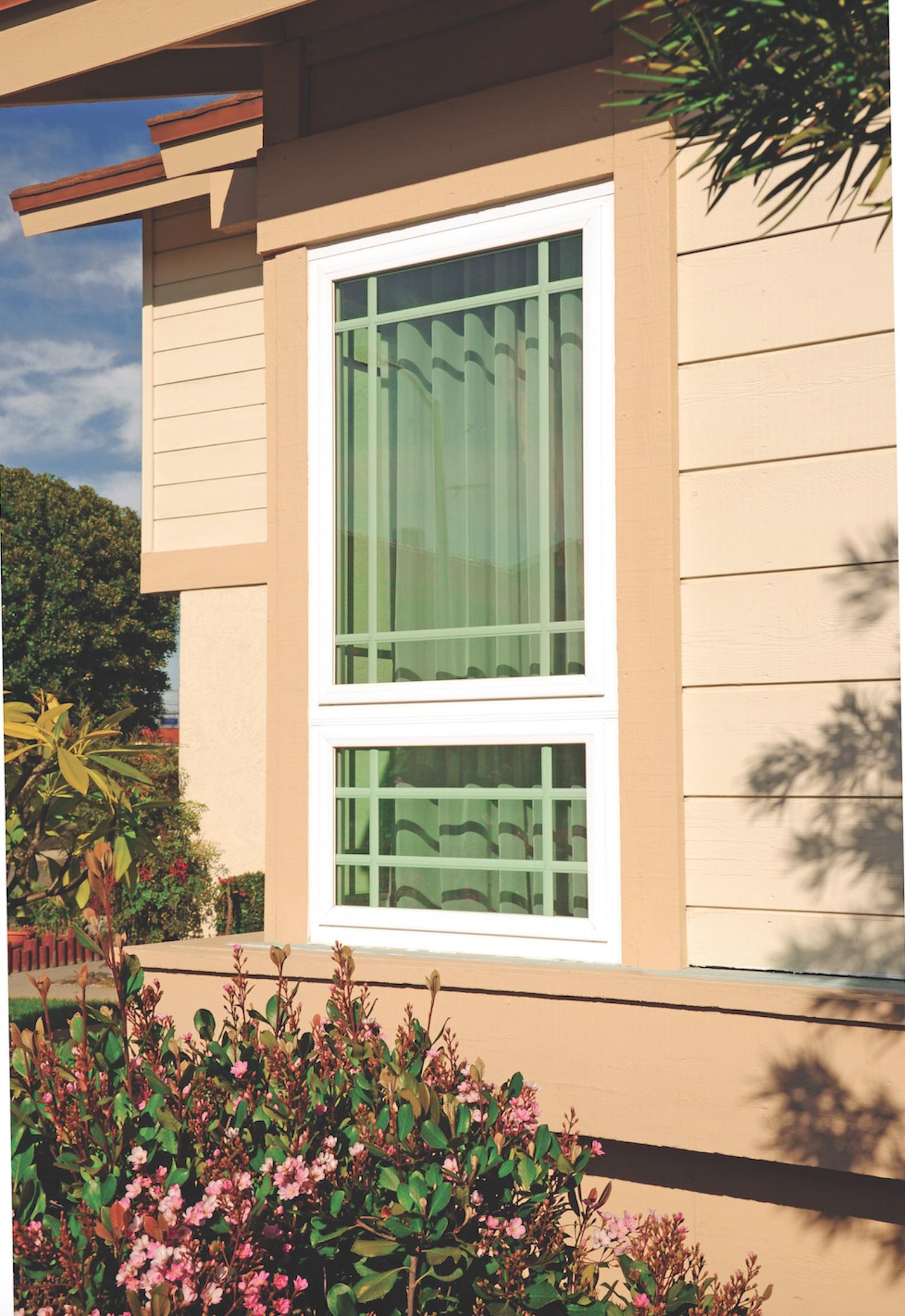 Simonton-Awning-Window-Exterior
