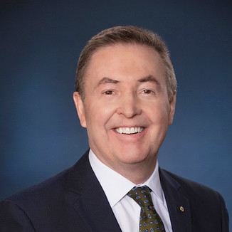 Dr. Ian Meredith, AM