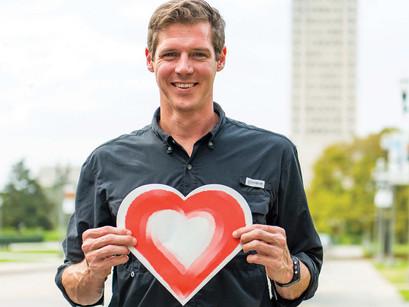 Urban Canvas Studio installs the first Heart Trail in Baton Rouge, LA!