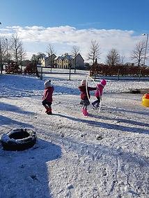 Donnas fun in the snow 3.jpg