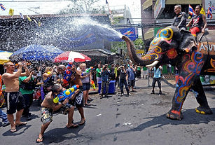 songkran-3500x2364-thai-new-year-thailan