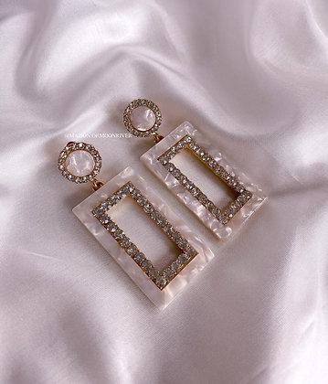 Dubrovnik Earrings - Pearlescent