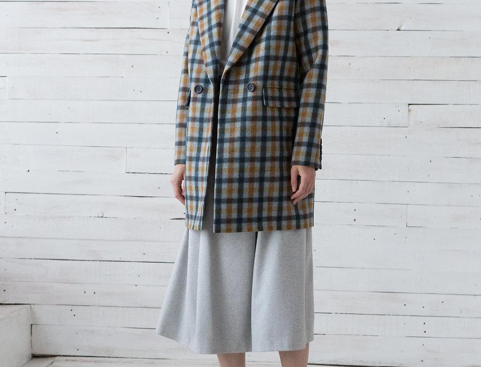 Пальто-пиджак двубортное удлиненное, серое в сине-охровуюклетку