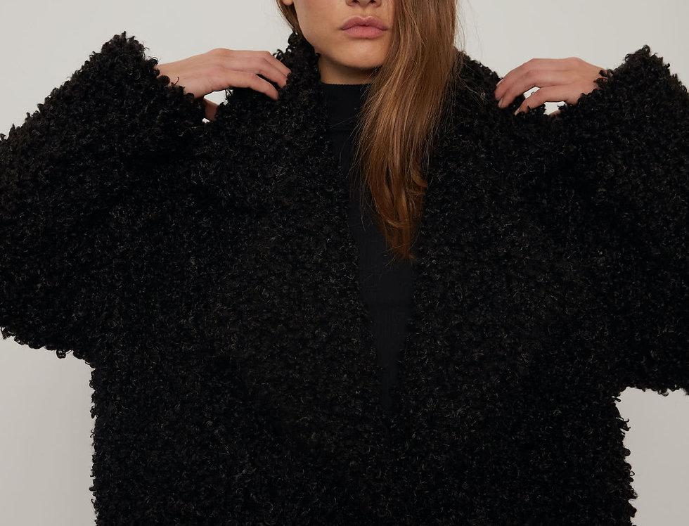 Пальто из экомеха, барашек черный