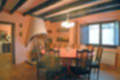 casa-rural-can-xisquet-selva-menjador-02