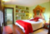 997_habitació_verda_llit_vermell4_5-20.