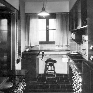 Elfi Madeleine Carle - Bauhaus Interiors and Diasporic Rooms