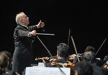 west-eastern-divan-orchestra-barenboim-2