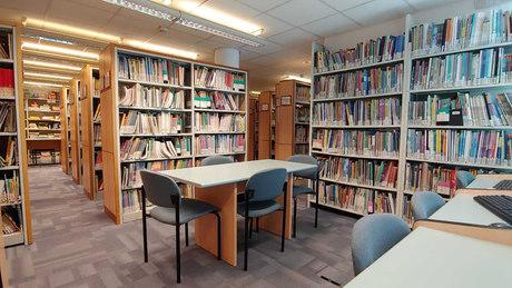 The library of Hamidrasha Faculty, Beit Berl.