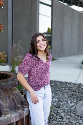 Leah Senior Photo 25.jpg