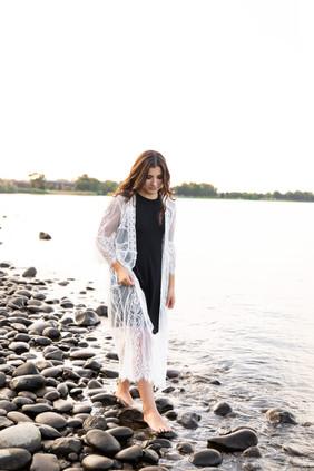 Leah Senior Photo 8.jpg