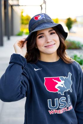 Leah Senior Photo 40.jpg