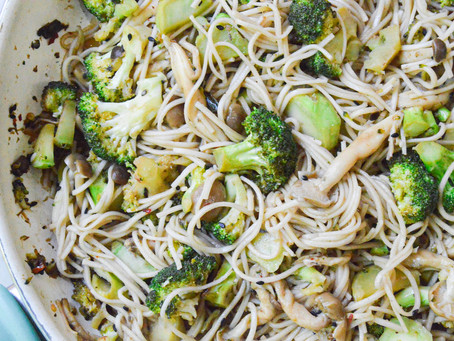 broccoli & shiitake soba noodles