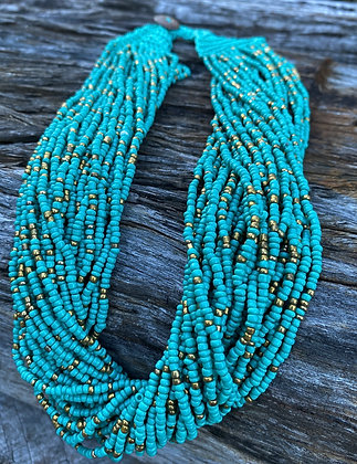 Beaded blue layer necklace