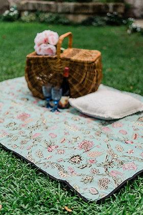 Garden Daisy Picnic Blanket Aquarius