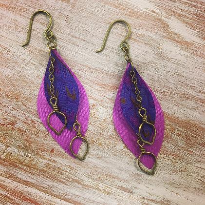 Sari leaf earrings