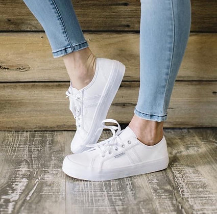 Cass Leather Sneaker