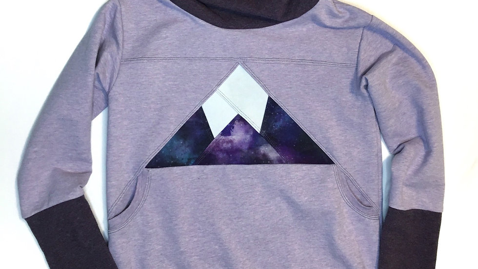 Organic mountain pocket hoodie  - Grow-With-Me 6-9 years