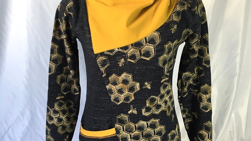Edgy Pullover - Honey Bees