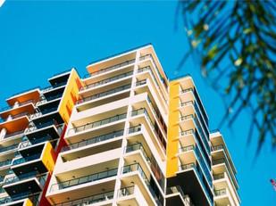 O que é necessário para aplicação de multa por infração em condomínios?