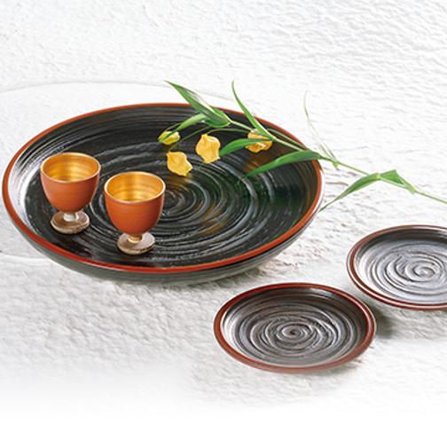 香川漆器の象谷塗(ぞうこくぬり)