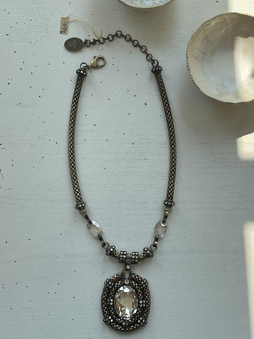 Amulett Kette Lighted mit Swarowski Steinen I KONPLOTT