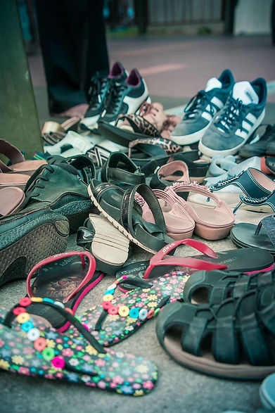 mess-shoes-pile-up-pile-of-shoes.jpg