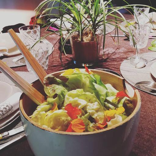 Salade et fleurs comestibles O petit bOnheur