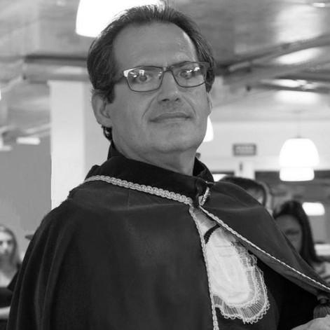 Prof. Ângelo Alberto Colucci Filho