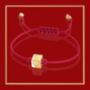 SB-HEART_in gold-frame-dark-red-1080px.j