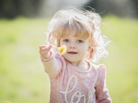 Wie kann ich Montessori zu Hause umsetzen? 5 Tipps für Eltern von Kindern von 0 bis 3 Jahren.